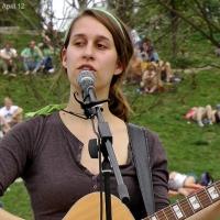 Elen Wendt sang im Mauerpark