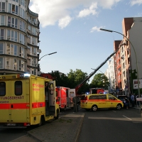 GERETTET BEI BRAND IN DER KOLONIESTRAßE IN WEDDING