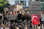 DEMO DIREN GEZI PARKI OCCUPY ISTANBUL(18)