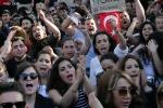 DEMO DIREN GEZI PARKI OCCUPY ISTANBUL(22)