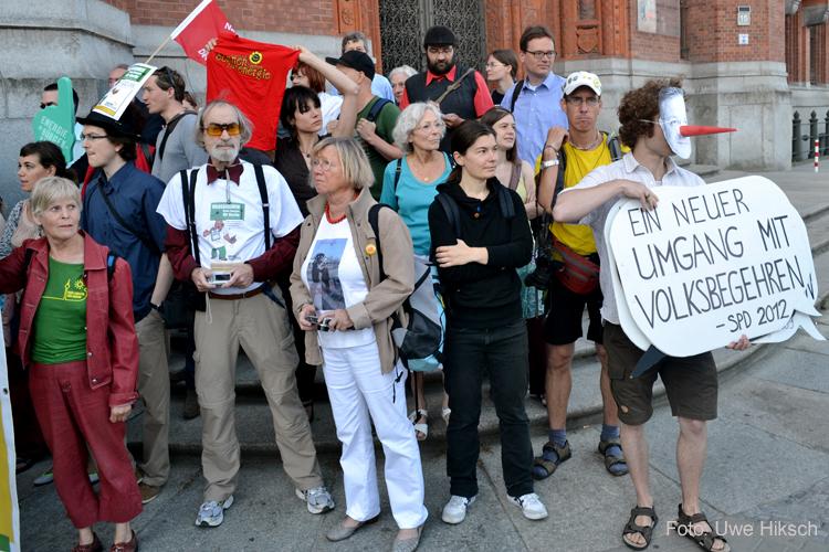 energietisch protest rotes rathaus berlin - foto: uwe hirksch
