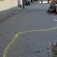 Frau in der Drontheimer Straße schwer misshandelt - Täter niedergestochen