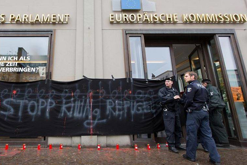 Besetzung haus europäische kommission berlin2