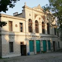 Schatz für Lesehamster - Bibliothek am Luisenbad verlängert ihre Ausleihzeiten