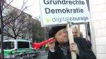 NSA Protest vor dem willy brandt haus berlin (2)