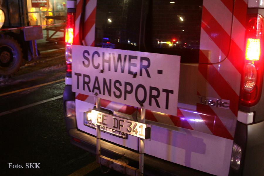 Schwerlasttransport in die Soldiner Straße