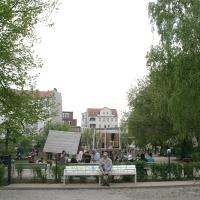Viel Bewegung auf dem neuen Spielplatz in der Koloniestraße im Soldiner Kiez