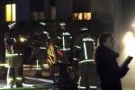 Kellerbrand Wollankstraße Feuerwehrleute im Einsatz