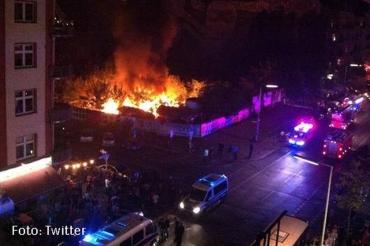 Cuvry-Brache in Flammen abgebrannt