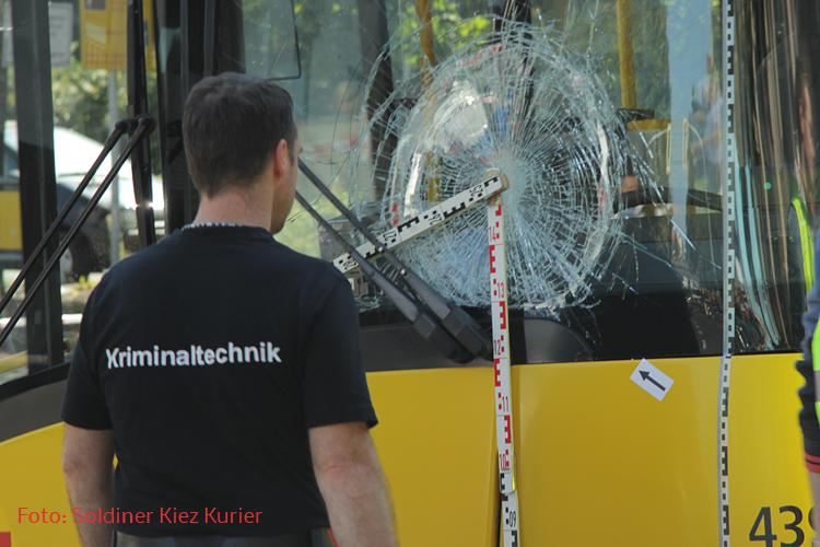 Frau schwer verletzt bvg bus wollankstraße wedding (3)