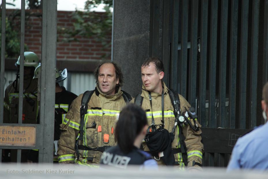 Brand Feuer freie Schule Mauerpark (18)