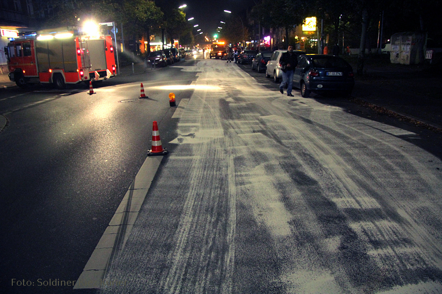 Ölspur in der Wollankstraße (1)