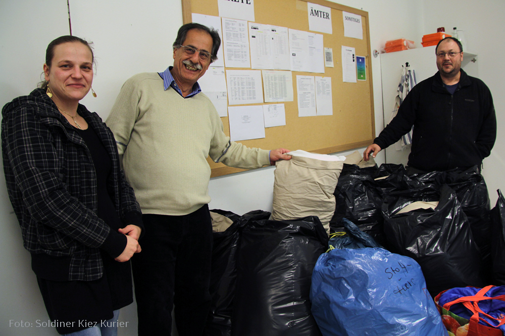 Nadine und Jacco Obdachlosenhilfe Berlin in der flüchtlings  Notunterkunft pankstraße