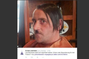 lutz bachmann-posiert bei facebook als hitler