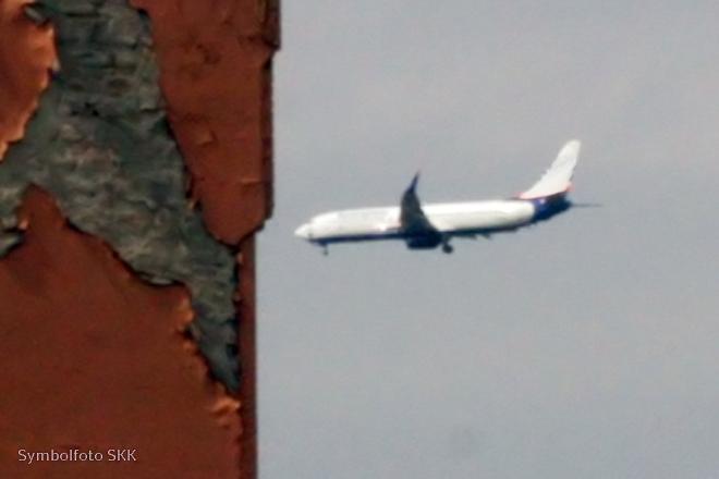 flugzeugabsturz symbolfoto Soldiner Kiez Kurier