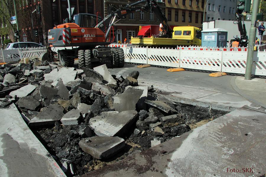 Baustelle Prinzenallee ecke Osloer straße zieht um (8)