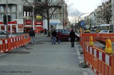 Bustelle Prinzenallee Ecke Soldiner Strasse (1)