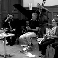 Ein Hauch von Avantgarde - MusikTanzNullDreißig und das Giant Owl Research Centre in concert