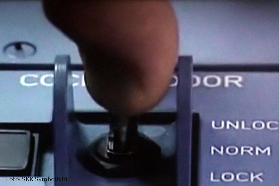 Germanwings-Maschine Schalter blockieren oder öffnen der Cockpit-Tür