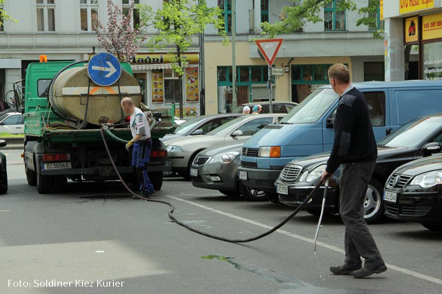 Baumwässerung Gotenburger Strasse im Soldiner Kiez (2)