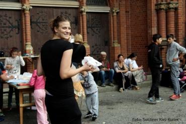 Lena Reich Aktion an der Stefanus Kirche (3)