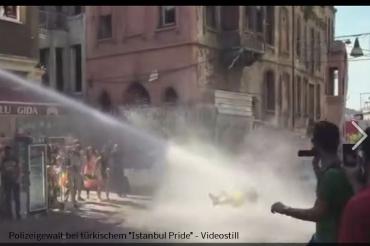 Polizei-Gewalt bei türkischem csd