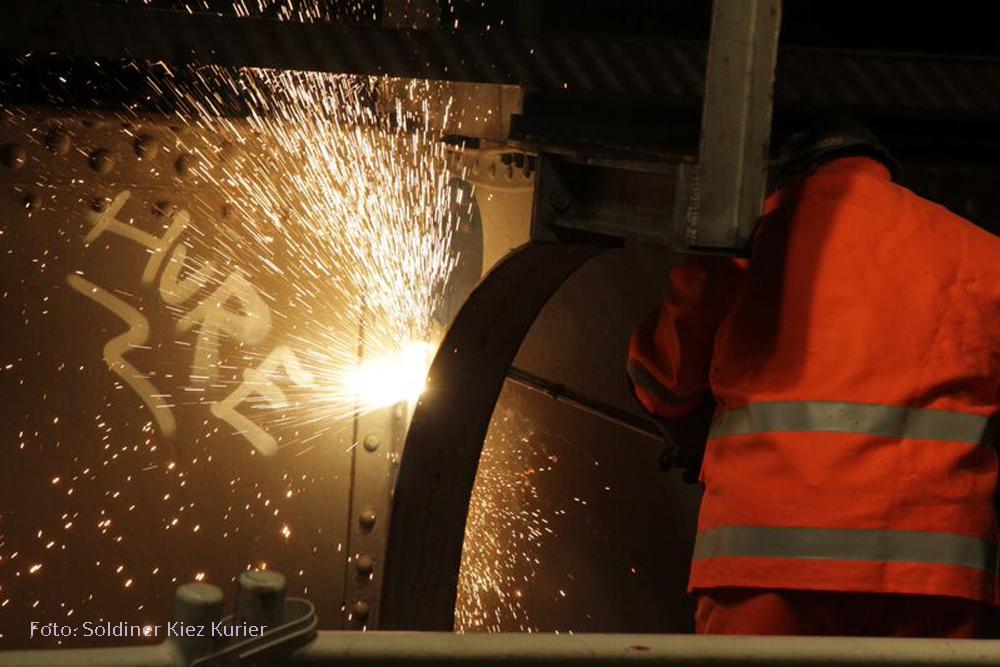 Stahlbrücke grüntaler strasse abgebaut (5)
