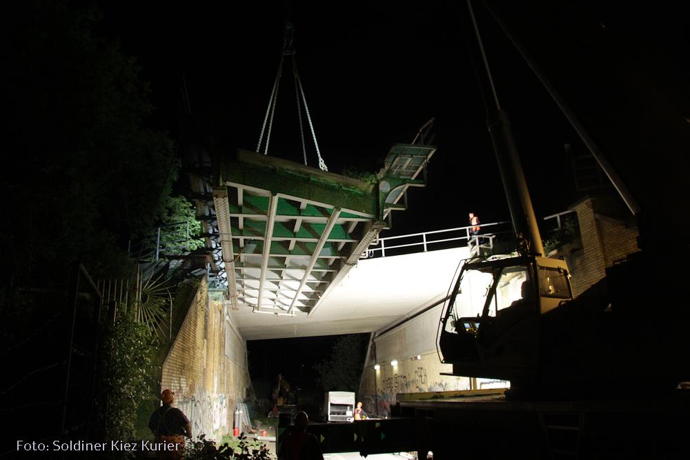 Stahlbrücke grüntaler strasse abgebaut (7)