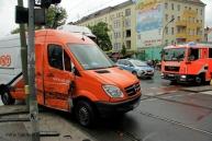 Tramunfall kleintransporter osloer ecke Prinzenallee (10)