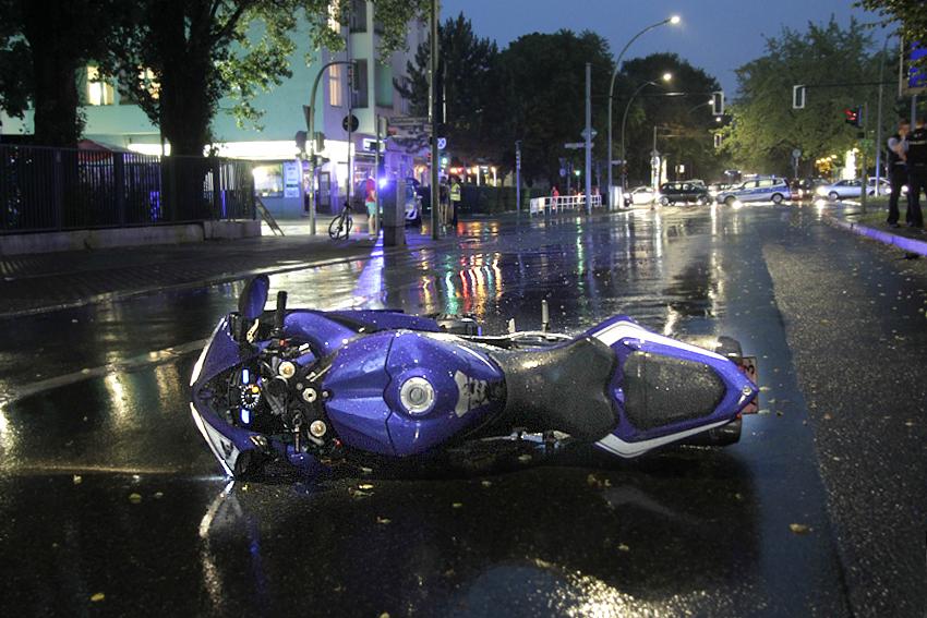 biker schwwer verletzt drontheimer osloer straße (1)