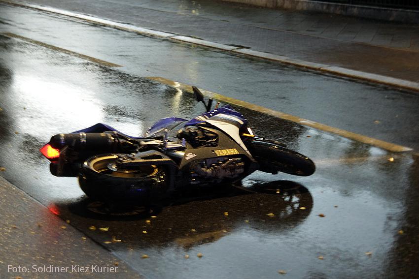 biker schwwer verletzt drontheimer osloer straße (2)