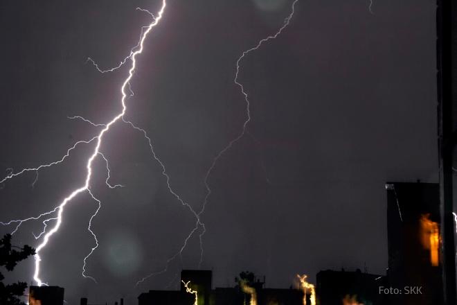 Tanz der Blitze im Soldiner Kiez (1)