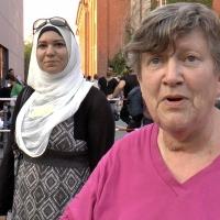 Helfer helfen bei LaGeSo Berlin Moabit an ihrem Limit - Die Videoreportage von SKK