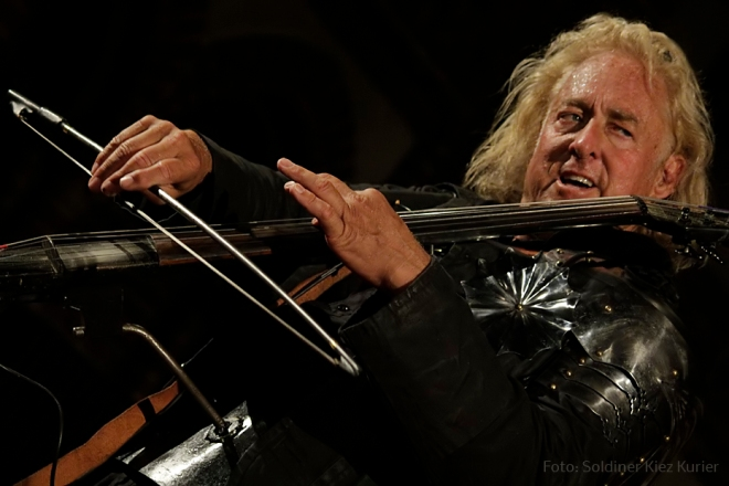 Marston Smith Lord of the cello der in Stephanuskirche Berlin Soldiner Kiez (5)