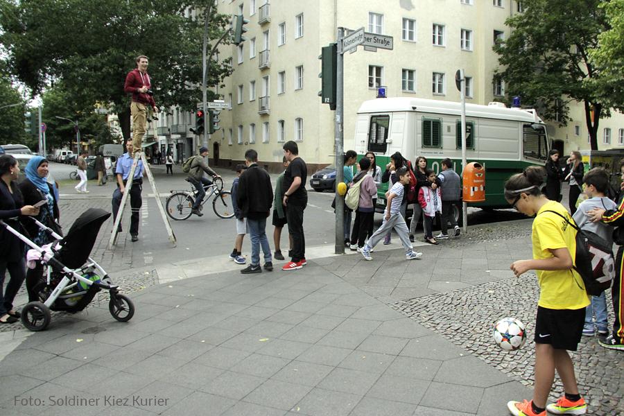 KbNa Fußball Abholung Soldiner Straße