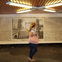 """Neues Wandbild vom alten Wirtshaus """"Zum Pankgrafen"""" im U-Bahnhof Pankstrass"""