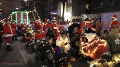 Christmas Bike Tour 2015 Santa claus on road (8)