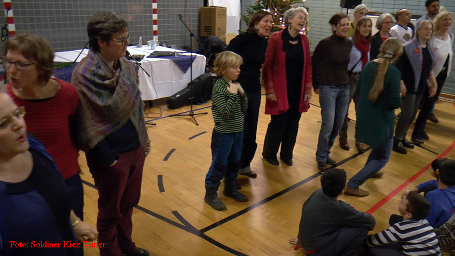 jodeln im flüchtlingsheim mt Ingrid hammer (2)