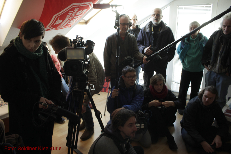 Basta Ferienwohnung Soldiner Strasse 26 Pressekonferenz