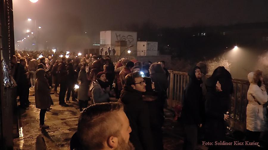 Silvester 2015 Bösebrücke Bornholmer Brücke Berlin Soldiner Kiez Prenzlauer Berg (4)