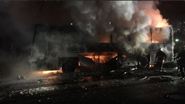 Ankara brennender Militärbus