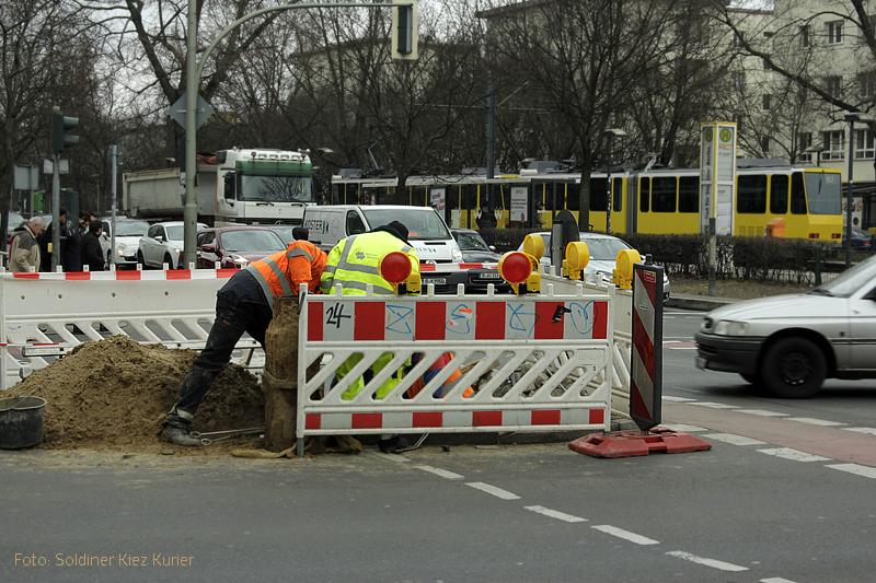 Baustelle osloer Straße ecke Prinzenallee abwasser (1)