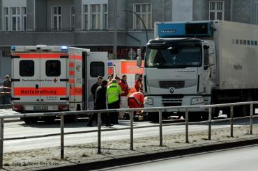 Mann von LKW totgefahren prinzenallee Soldiner Kiez (6)