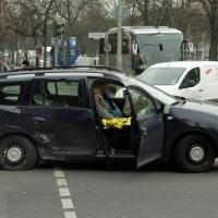 Schleudersitz Kreuzung - Unfall Prinzenallee Ecke Osloer Straße