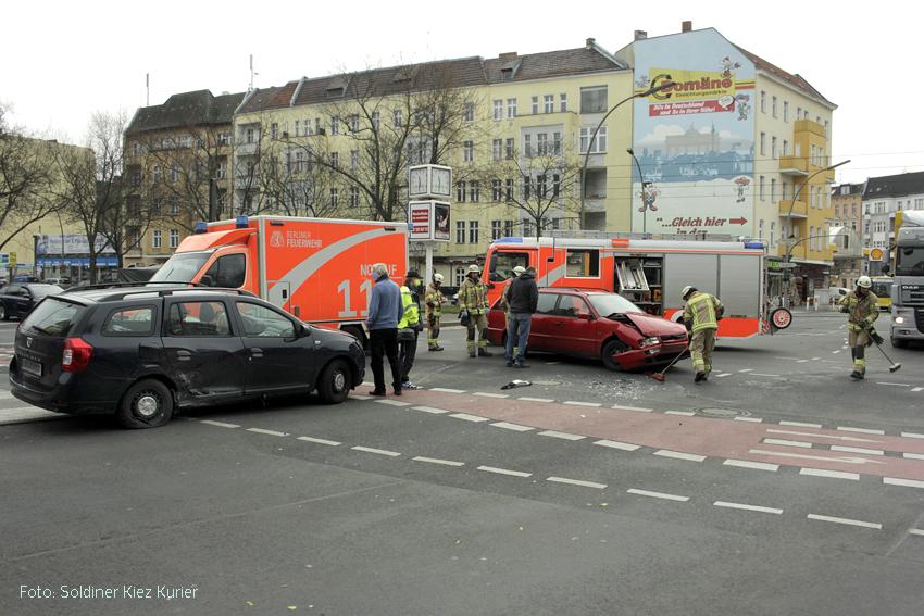Unfall Kreuzung prinzenallee Osloerstrasse Soldiner Kiez (7)