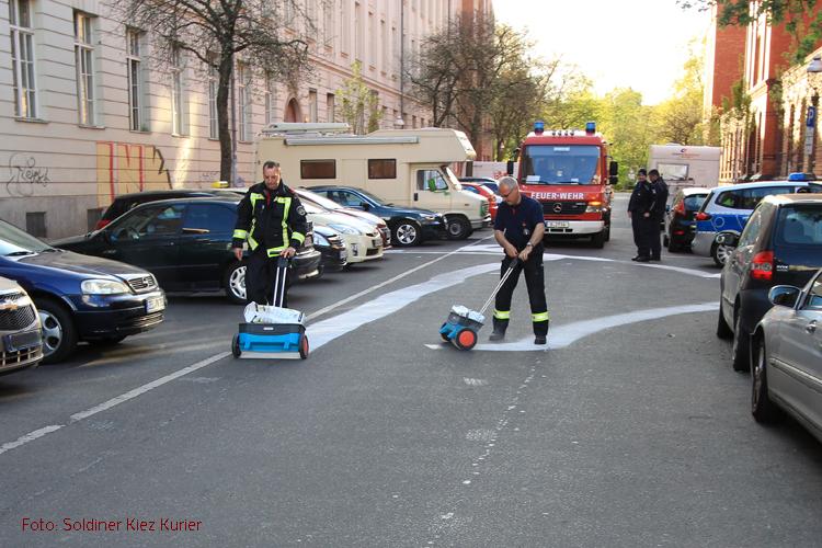 Ölspur in der Gotenburger Straße Soldiner Kiez (1)