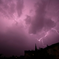 Blitze über dem Soldiner Kiez