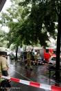 Feuerwehr entfernt morschen Ast in Prinzenallee (2)