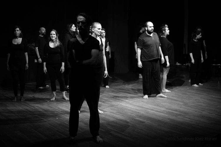NEU HIER im Theater 28 (4).jpg