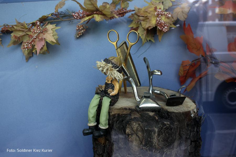 schaufensterdeko herbst soldiner kiez Umut (6).jpg